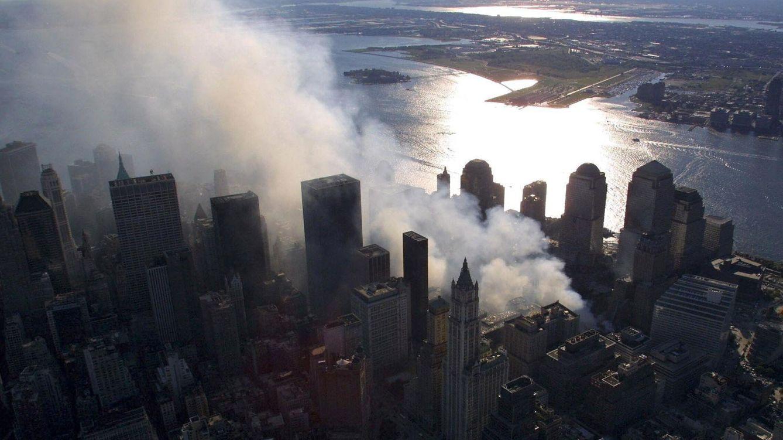 Foto: Vista de Manhattan cuatro días después del atentado del World Trade Center. (EFE)