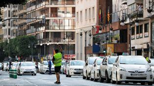 Con los taxis, la izquierda redescubre el feudalismo