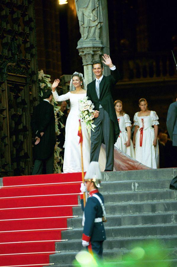 familia real española: las mejores imágenes de la boda real de la