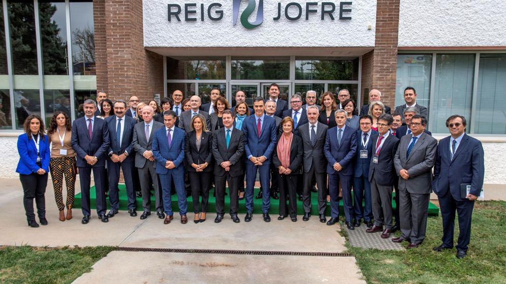 Foto: Inauguración de la ampliación de las instalaciones de la planta farmacéutica Reig Jofre (Efe)