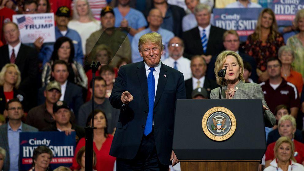 Trump se burla de la presunta víctima de abusos de su candidato al Supremo