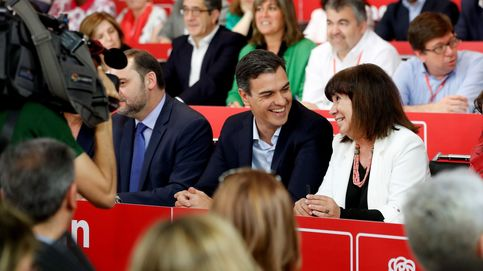 Sánchez no concreta sus planes y los barones exigen que no pacte con los independentistas