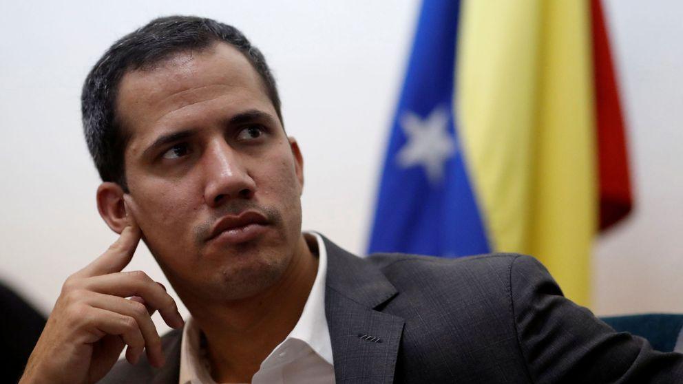 Ataque contra Guaidó: Le apuntaron con armas y lanzaron gases lacrimógenos