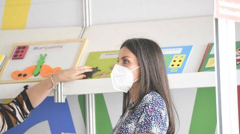 Letizia vuelve a 'su' Feria del Libro: lectura en braille, juegos infantiles y un cupón