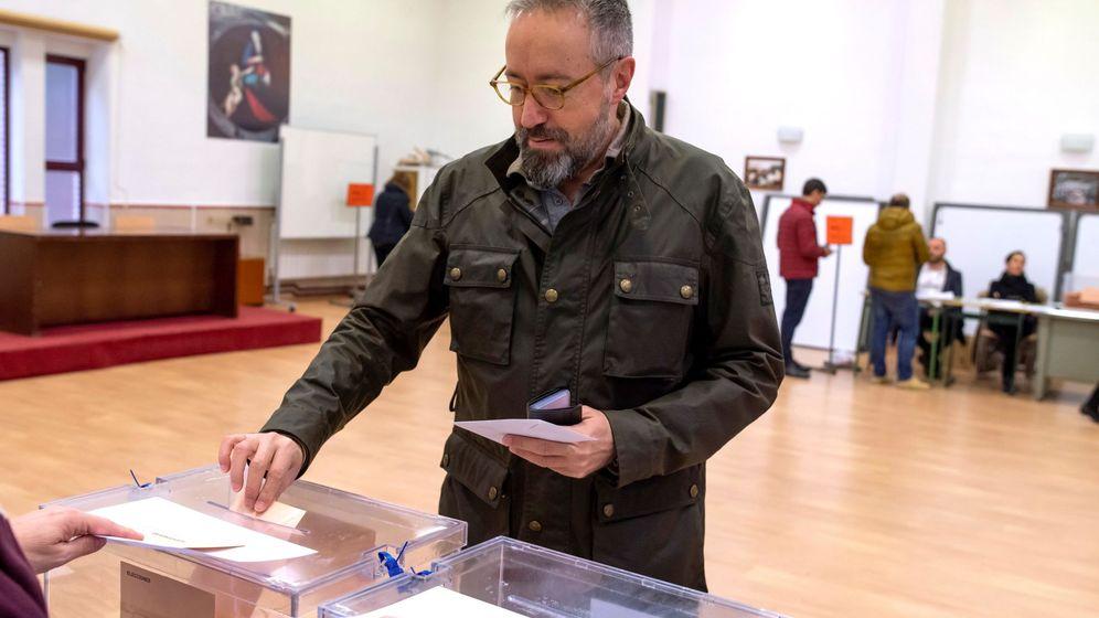 Foto:  Juan Carlos Girauta votando el pasado 10 de noviembre, cuando era cabeza de lista de Cs por Toledo. (EFE)