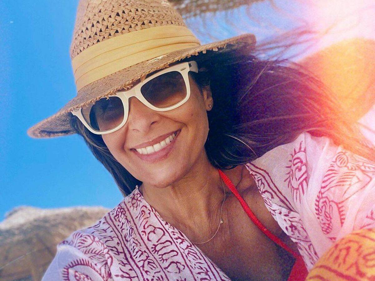 Foto: Nuria Roca en la playa. (Redes)