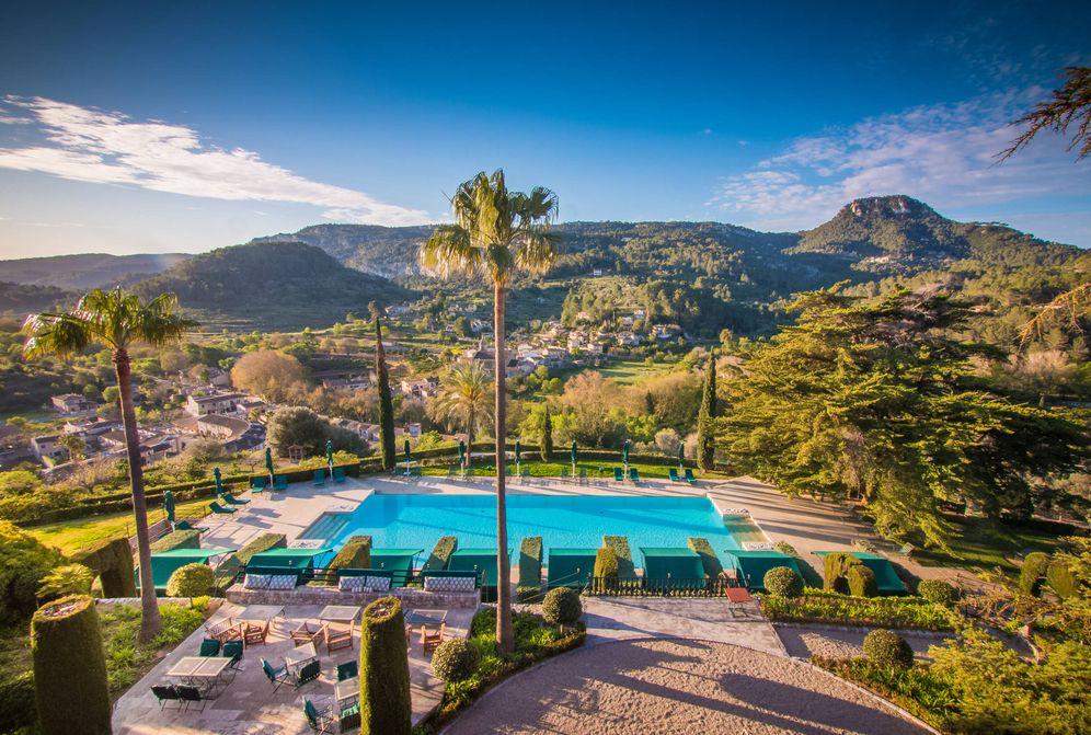 Viaje lujo 10 hoteles con piscinas maravillosas para for Hoteles sevilla con piscina