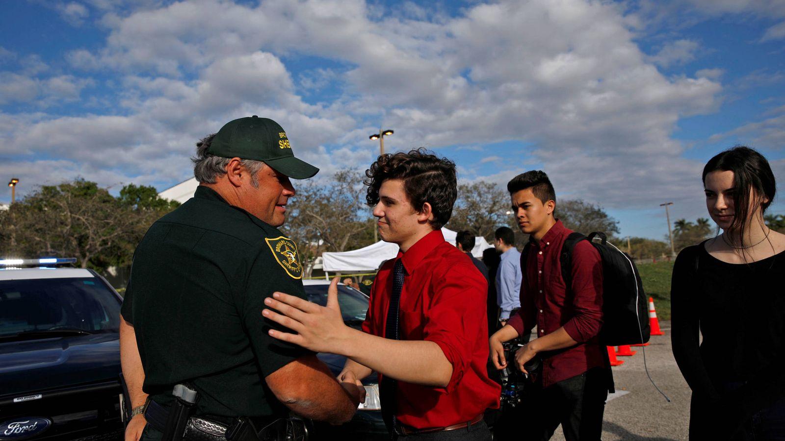 Foto: El español Alfonso Calderón es uno de los supervivientes del tiroteo de San Valentín en Parkland (Reuters)