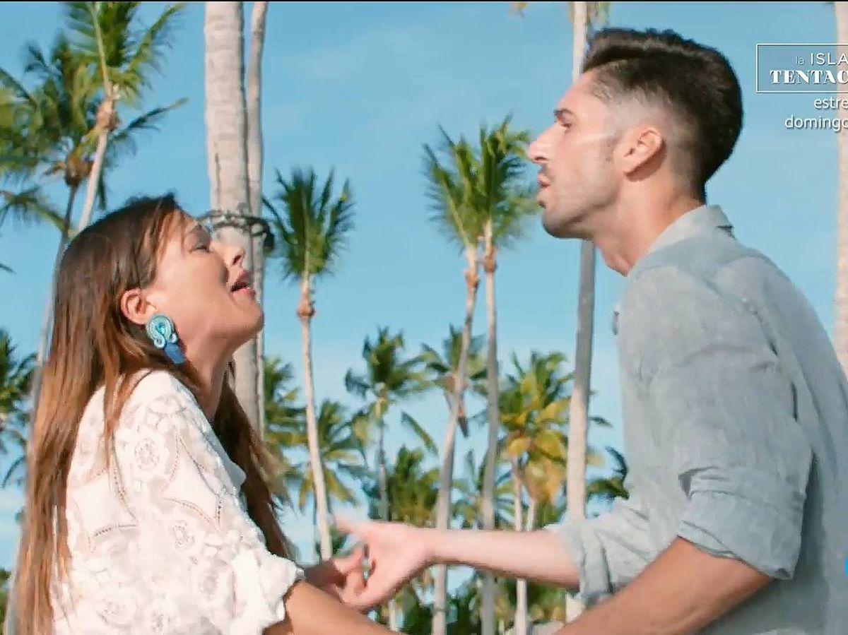 Foto: Marta y Lester, en 'La isla de las tentaciones 2'. (Mediaset España)