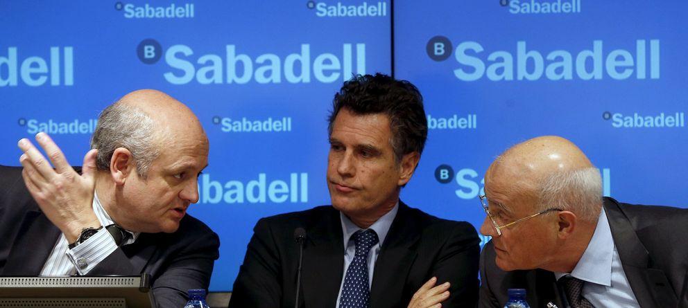 La cúpula directiva de Banco Sabadell se queda sin aguinaldo por segunda vez