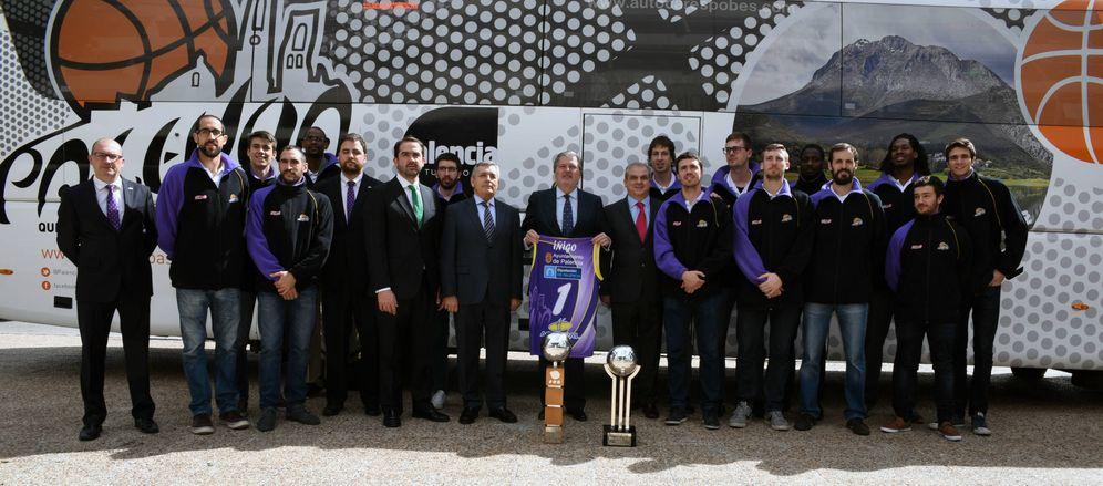 Foto: Iñigo Méndez de Vigo recibió al Quesos Cerrato Palencia en el CSD tras su ascenso en abril de 2016. (CSD)