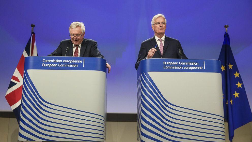 La UE y Reino Unido se meten en harina: claves de la tercera ronda del Brexit
