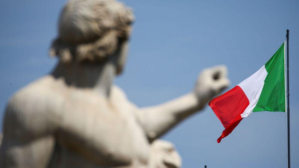 Foto: La bandera de Italia en Roma. (Reuters)
