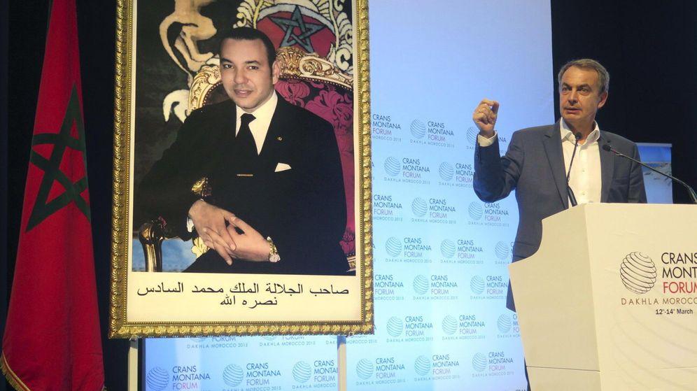 Foto: Zapatero defiende su presencia en Sáhara por la pluralidad del foro marroquí. (Efe)
