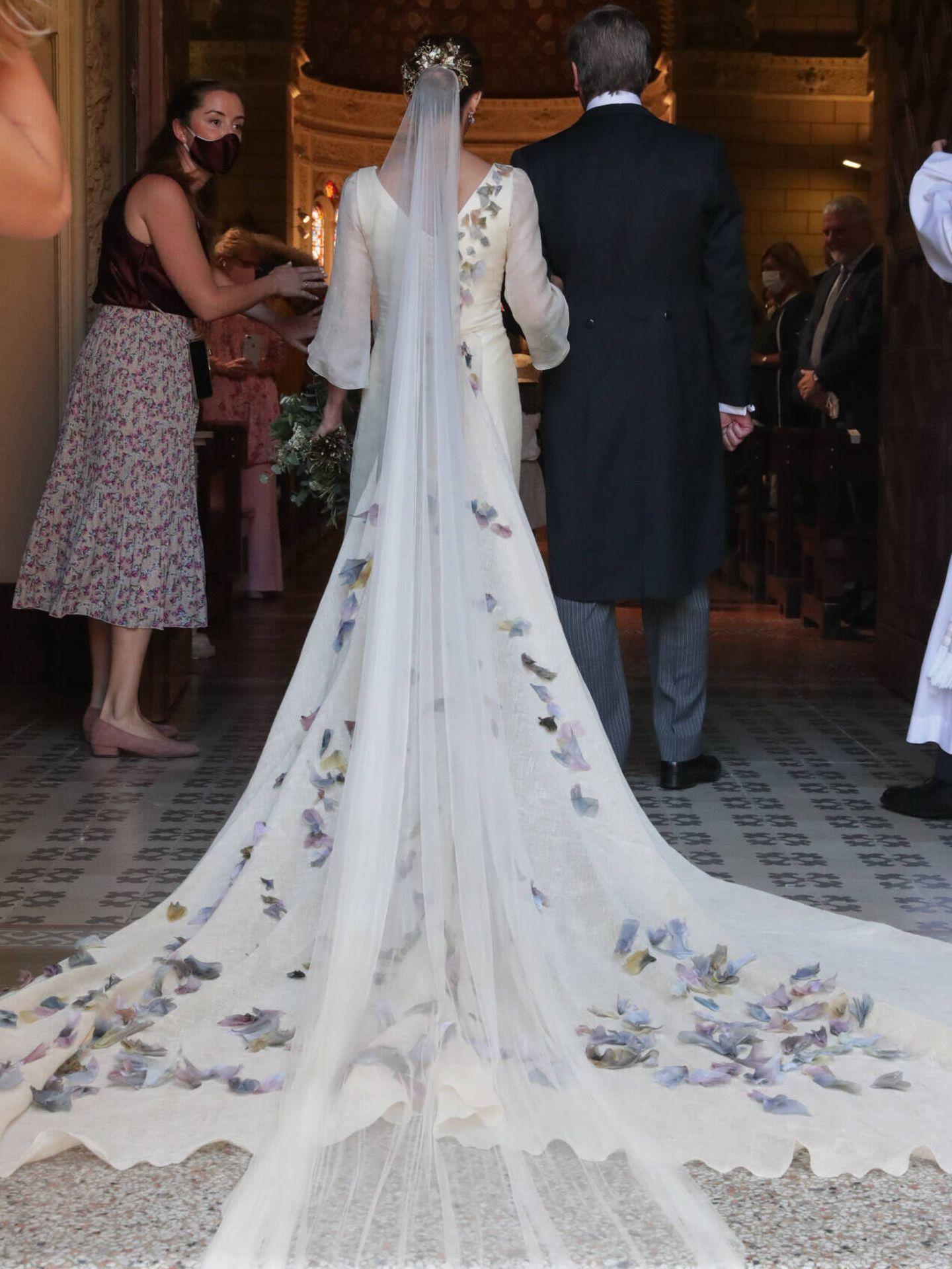 María Corsini entrando a la iglesia el día de su boda. (Gtres)