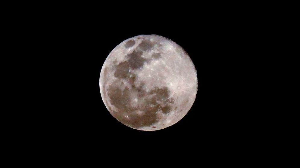 Foto: Una superluna, vista desde La Habana. (Cuba)