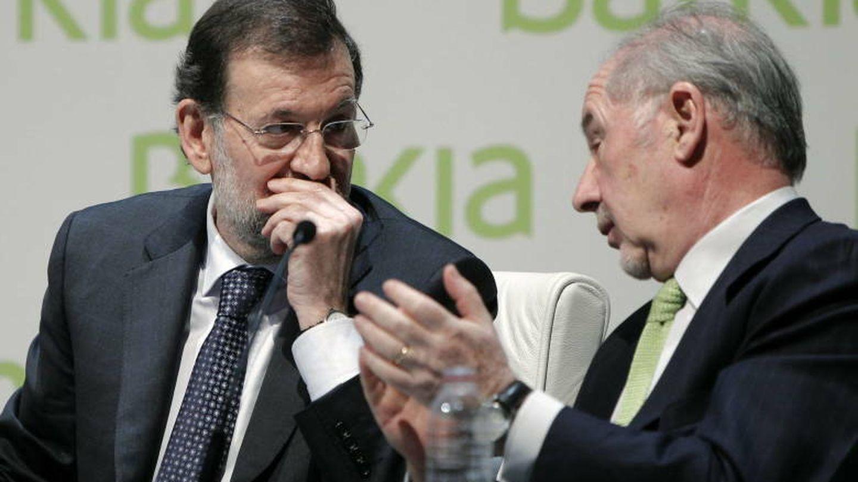 Rajoy pide a la banca que no niegue el crédito a las empresas y a las familias solventes