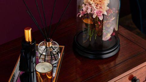 Cojines y velas para dar un toque cálido y low cost a tu hogar