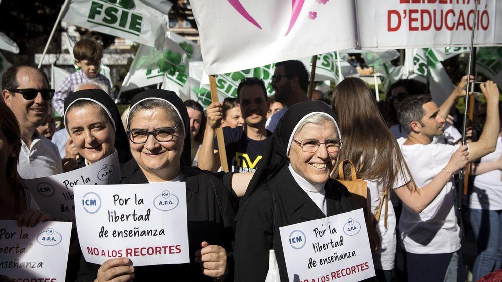Foto: Manifestación del pasado sábado en defensa de la enseñanza concertada en Valencia. (EFE)