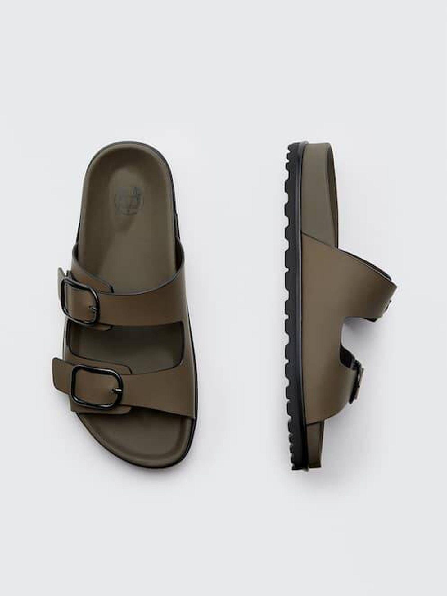 Las sandalias planas de Massimo Dutti. (Cortesía)