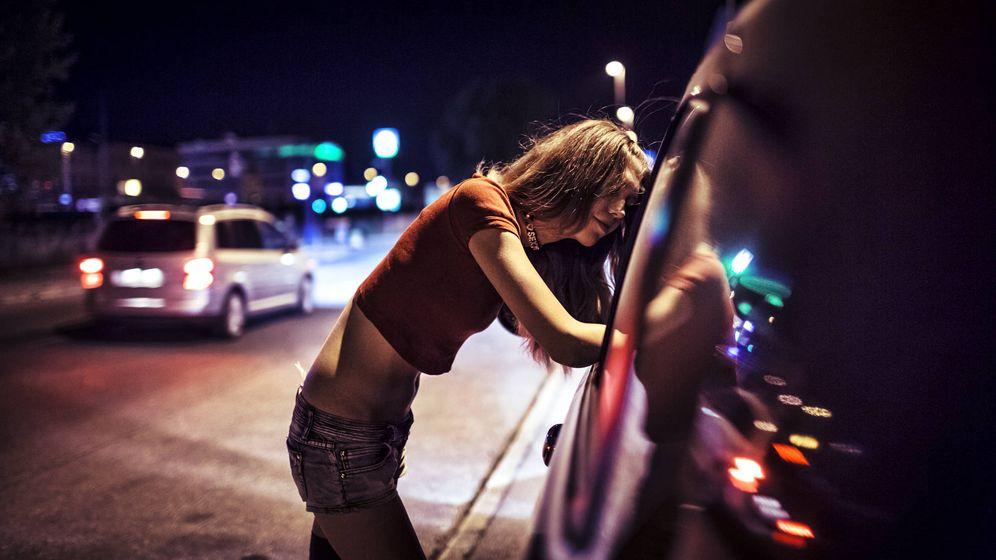 es legal la prostitución prostitutas igualada