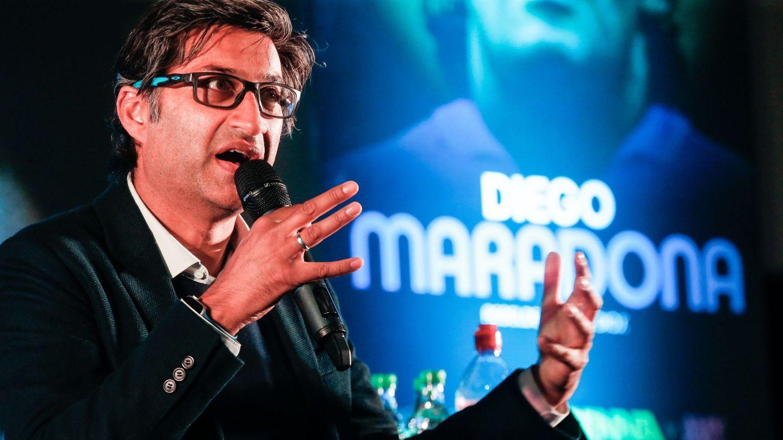 Asif Kapadia, durante la presentación del documental de Maradona. (EFE)