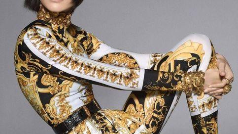 De JLo a Beyoncé: por qué ni ellas ni tú escaparéis del (noventero) boom Versace