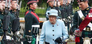 Post de Balmoral, abierto por vacaciones: las visitas (cómodas e incómodas) que espera Isabel II