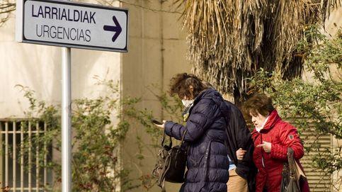 Euskadi reorganiza servicios y contrata médicos: 100 sanitarios en cuarentena