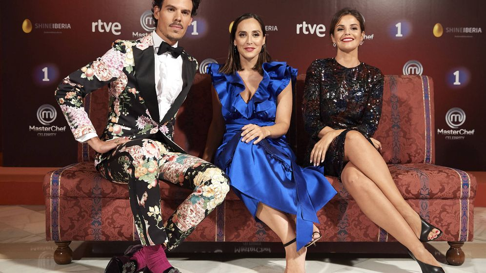 Foto: Juan Avellaneda, Tamara Falcó y Marta Torné. (Getty)