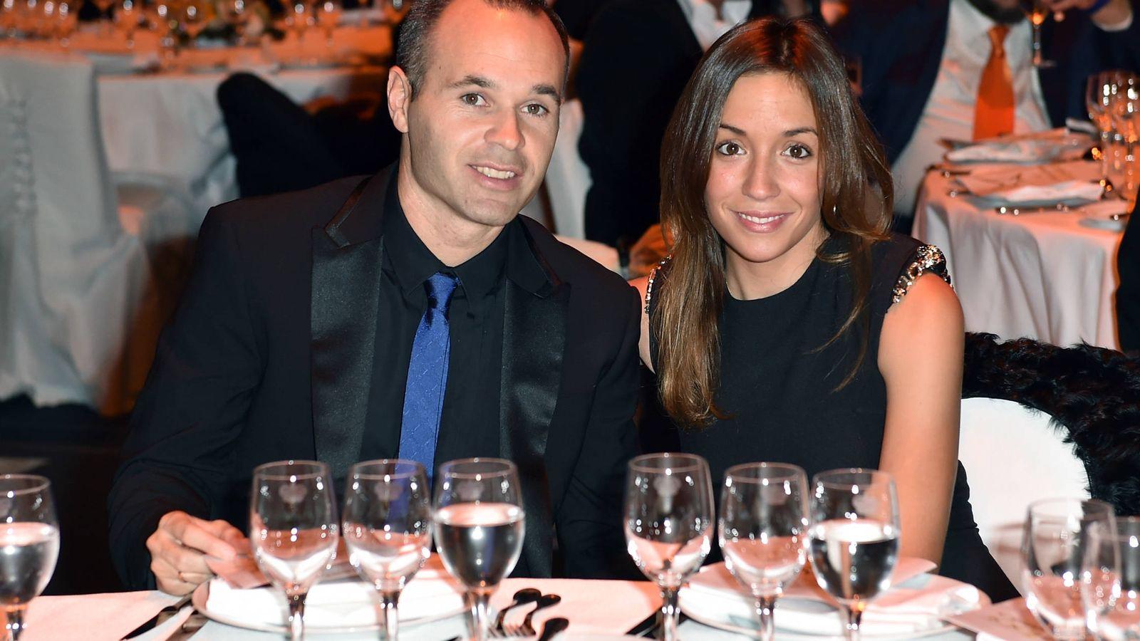 Foto:  Andrés Iniesta y Anna Ortiz, papás por cuarta vez. (Getty)