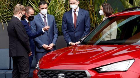 Apoyo institucional del Rey y  Sánchez a Seat tras el plantón de la Generalitat