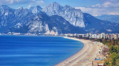 Otra alarma roja: el Benidorm turco acelera para dar un bocado al turismo español