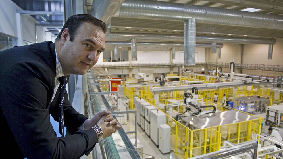 Foto: El presidente de la empresa Isofotón, Ángel Luis Serrano. (EFE)