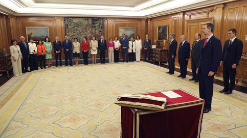 Directo | Los nuevos ministros reciben sus carteras: Carmen Calvo, la primera