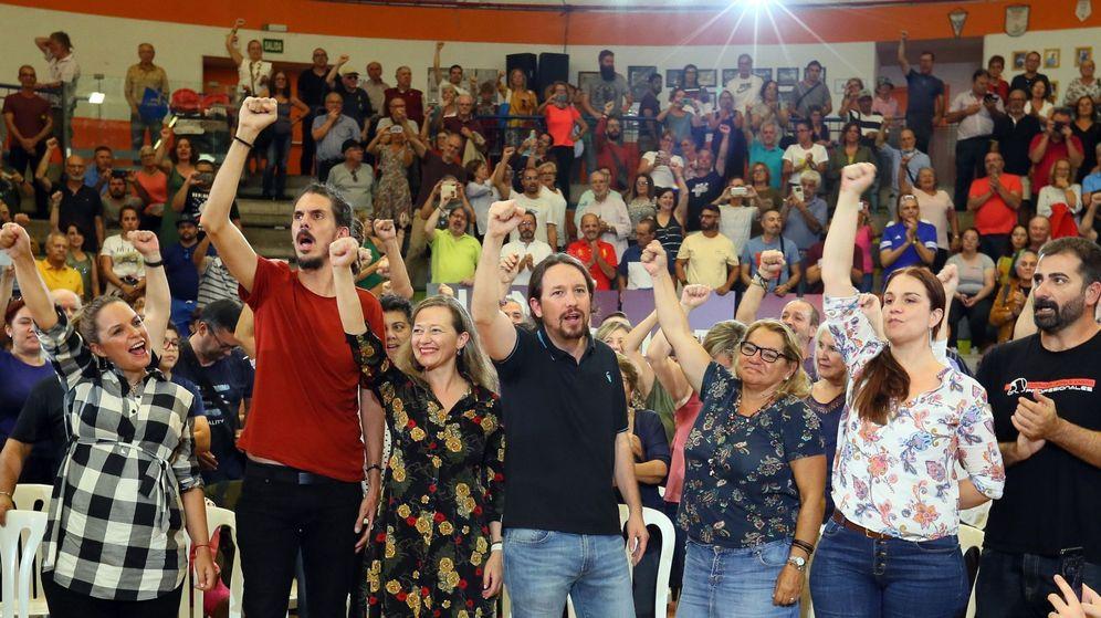 Foto: Varios dirigente de Unidas Podemos en un acto de precampaña. (EFE)