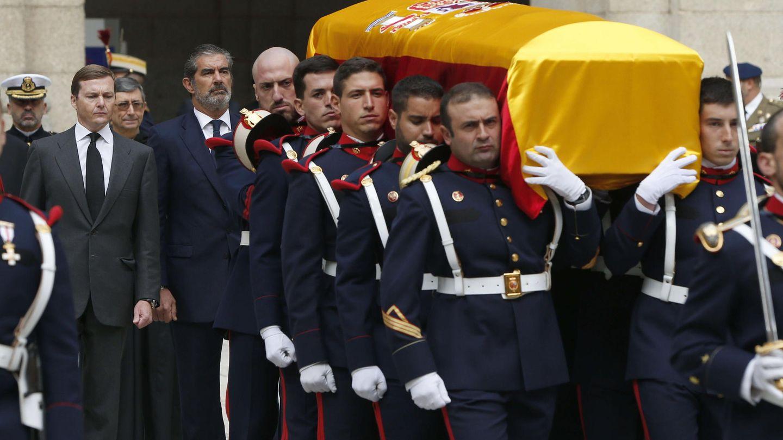 Pedro López-Quesada en el funeral del infante Carlos de Borbón. (EFE)