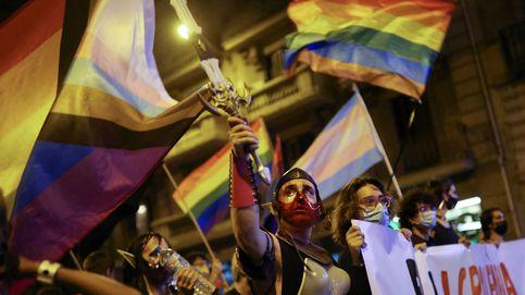 Miles de personas protestan en Barcelona por la violencia contra el colectivo LGTBIQ