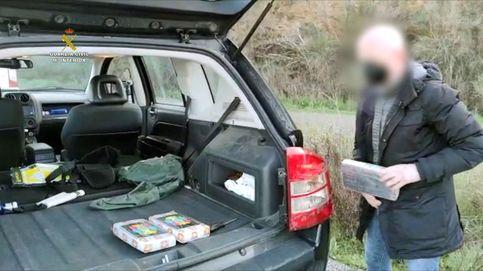 Desarticulan una organización que llevaba cocaína en dobles fondos en vehículos
