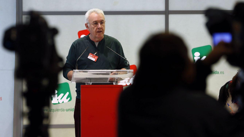 Foto: Cayo Lara, durante su intervención en abierto ante el Consejo Político Federal de IU de este 6 de marzo. (EFE)