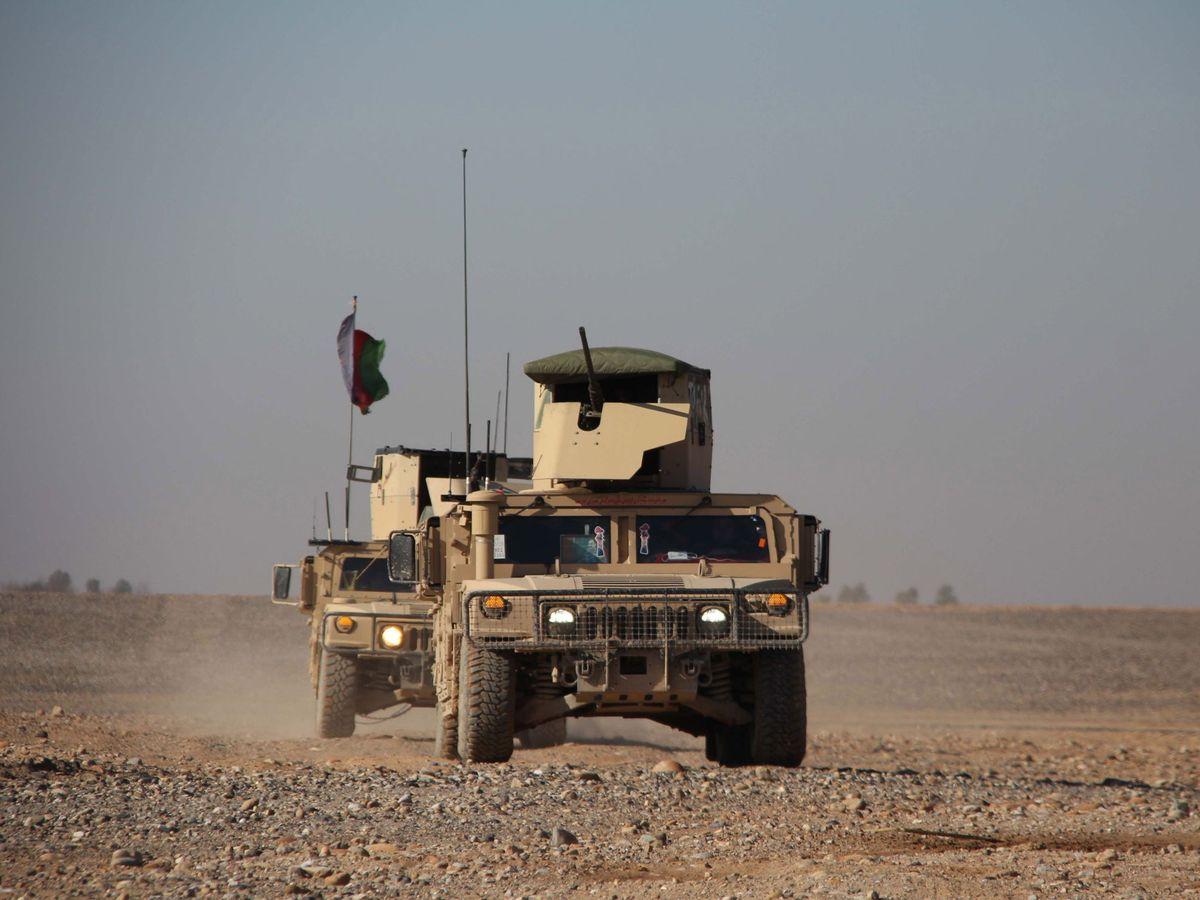 Foto: Una patrulla de las autoridades afganas. (EFE)