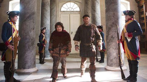 Larga vida a la guillotina. 'Los visitantes' parodian la revolución francesa