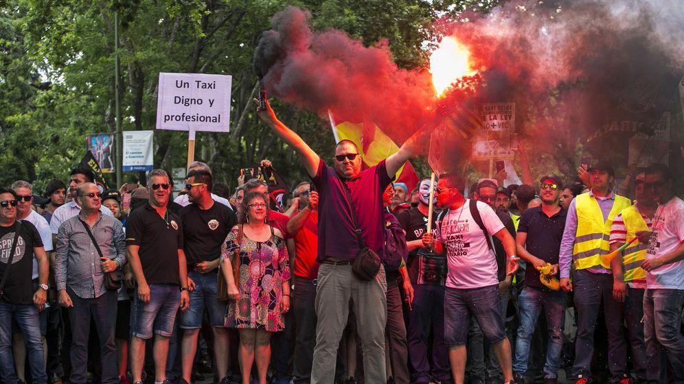 Foto: Manifestación de taxistas en Madrid. (EFE)