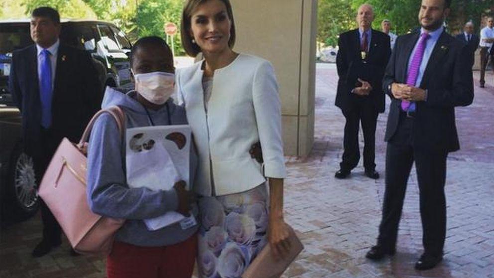 El emotivo encuentro entre Doña Letizia y una joven enferma de cáncer