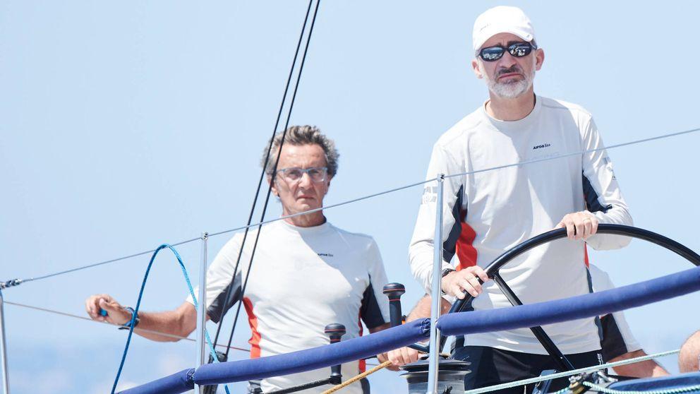 El rey Felipe (y quizá Letizia) reaparecerá este sábado en las regatas de Menorca
