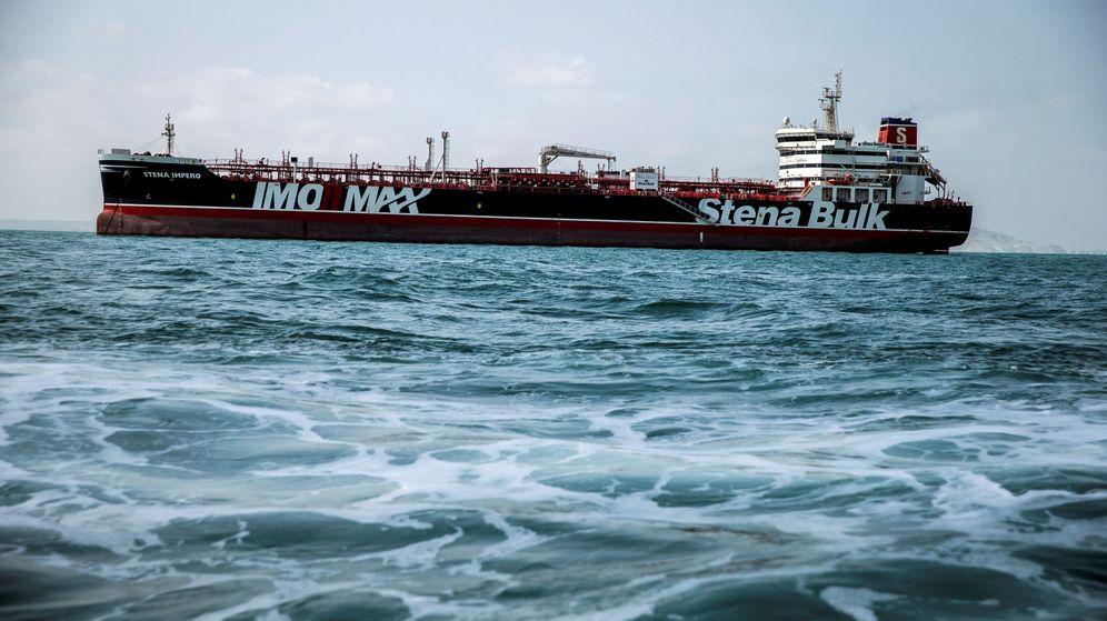Foto: El Stena Impero, petrolero bajo bandera británica retenido en Irán desde hace un mes. (Reuters)