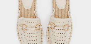 Post de Mitad mocasines, mitad mules y con aspecto de alpargatas, ficha estos zapatos de Parfois