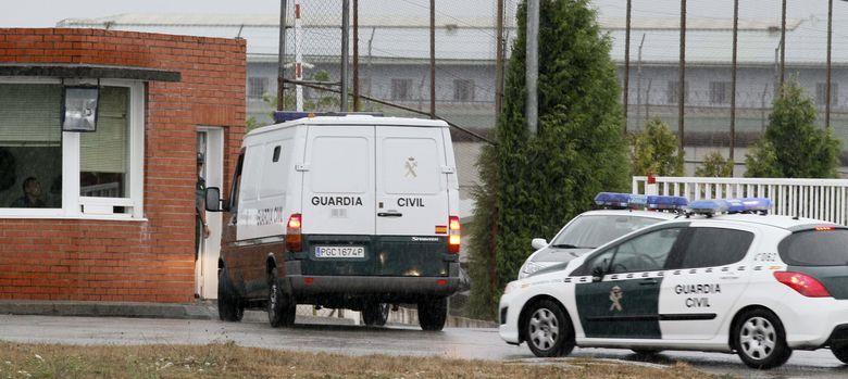 Foto: Los padres de asunta son conducidos a prisión. (EFE)