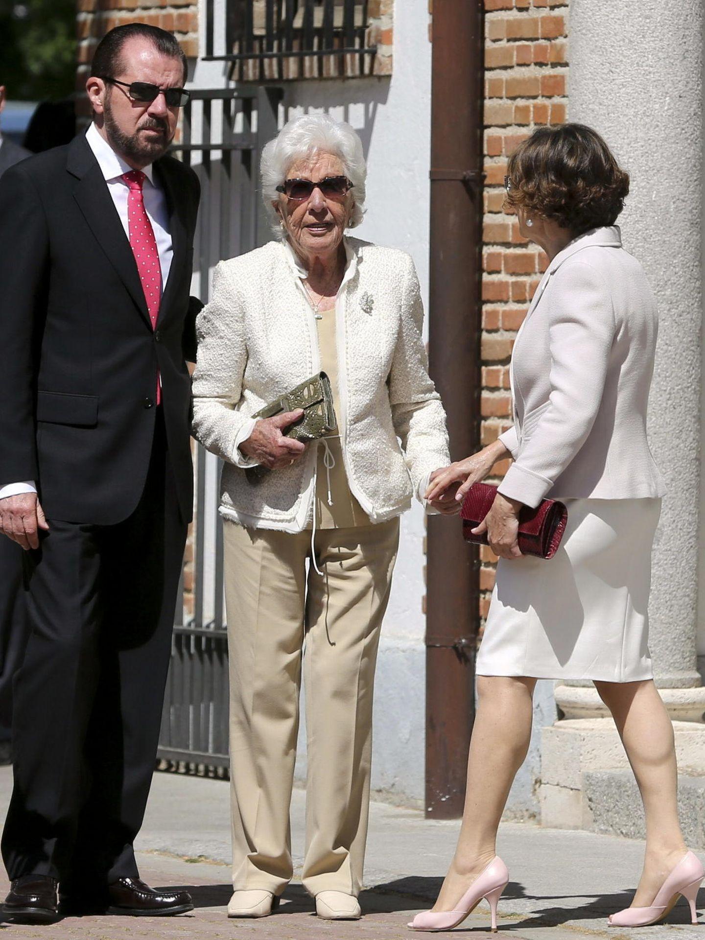 Los padres de la reina Letizia y su abuela. (EFE)