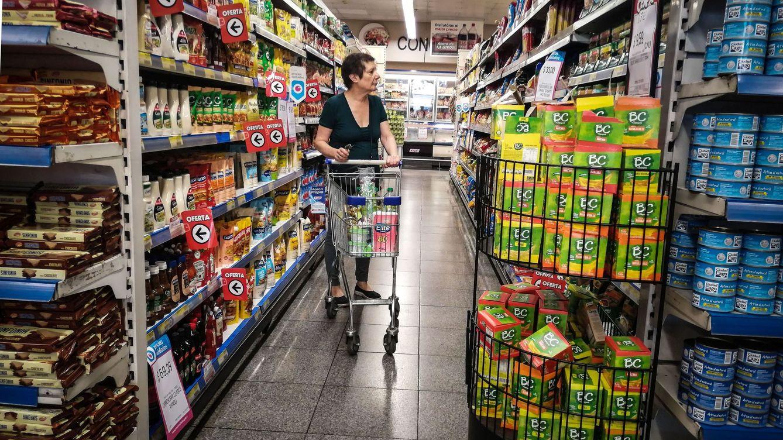 La confianza del consumidor cae hasta los 48,5 puntos y se sitúa en niveles de 2009